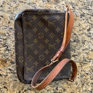 Authentic Louis Vuitton Musette Tango